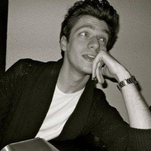 Co-founder di Bottega 52 e professore all'università LIUC
